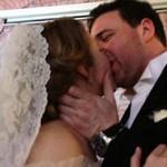 Видео со свадьбы Ксении Собчак едва не выкрали в ЗАГСе
